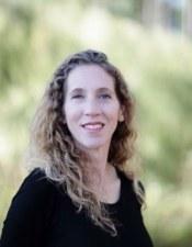 Dr. Elizabeth McCarty